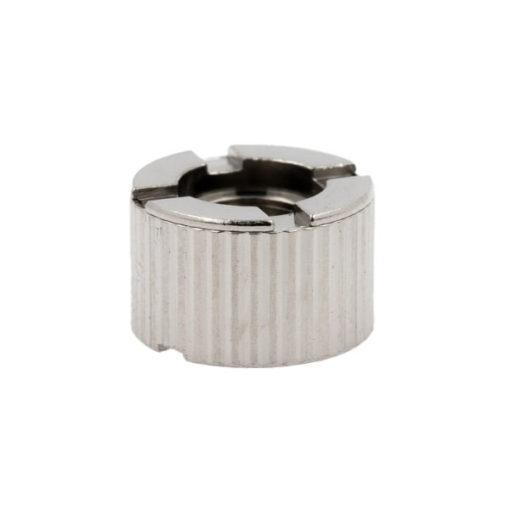 Base magnétique pourleKit iStick BasicdeEleaf. Elle se visse sous l'atomiseur GS Air 2,pour le maintenir dans son logement de la box iStick Basic.