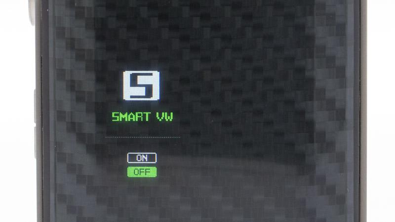 """La dernière option, le mode Smart, est basée sur le même mode puissance. Il fonctionne exactement de la même manière, mais le chipset va plus loin : à l'insertion de la cartouche, ilrègle la puissancelui-même sur unevaleur optimale. Vous pouvez ensuite ajuster le réglage à votre guise. Pour revenir au réglage préconisé, il vous suffit de sortir puis replacer la cartouche. Pour activer le mode Smart, il vous suffit de le régler sur """"On"""" dans le menu."""
