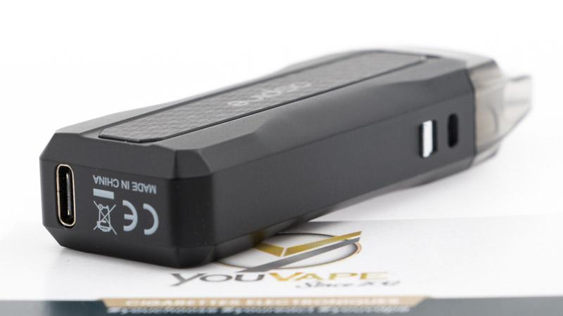 Aspire équipe sa batterie d'un port de charge au format Usb-C, qui peut réanimer la batterie en une heure, 1h20 si la batterie est vraiment à plat.
