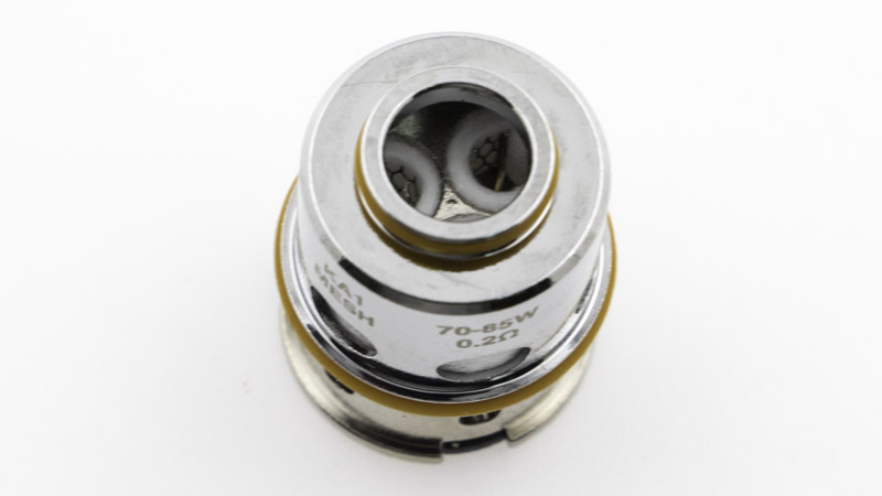 Résistance triple coil en mesh deKanthal A1, d'une valeur de 0,20ohm, destinée à l'inhalation directe entre 70 et 85 watts, pour une vapeur chaude et dense, et des saveurs puissantes.