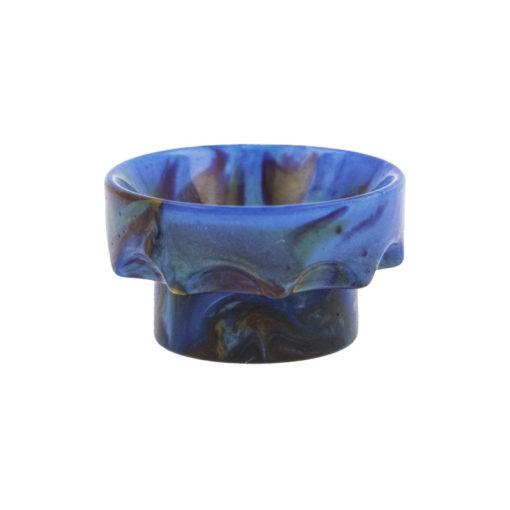 Drip Tip 810 Wide Bore, sculpté en couronne, en résine irisée et multicolore, disponibles en 5 couleurs dominantes : noir, vert, rouge, , bleu, Blanc.