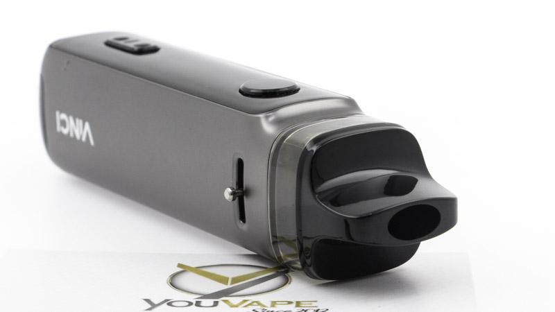 L'ergonomie du Vinci X2 est très agréable pour la main, grâce à ses surfaces lisses et douces. L'embout, lui aussi, et parfaitement approprié pour faciliter de grandes aspirations de vapeur. Même le réglage de l'airflow bénéficie d'un design soigné.