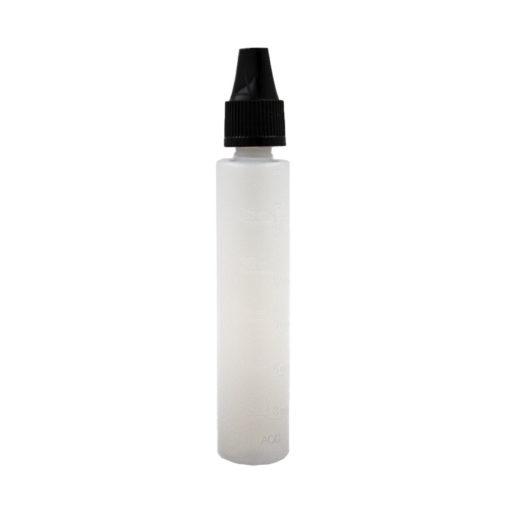 Flacon gradué de 30ml qui facilite le dosage des composants d'un eliquide en Diy. Équipé d'un embout fin, il est fabriqué en polyéthylène souple et résistant.