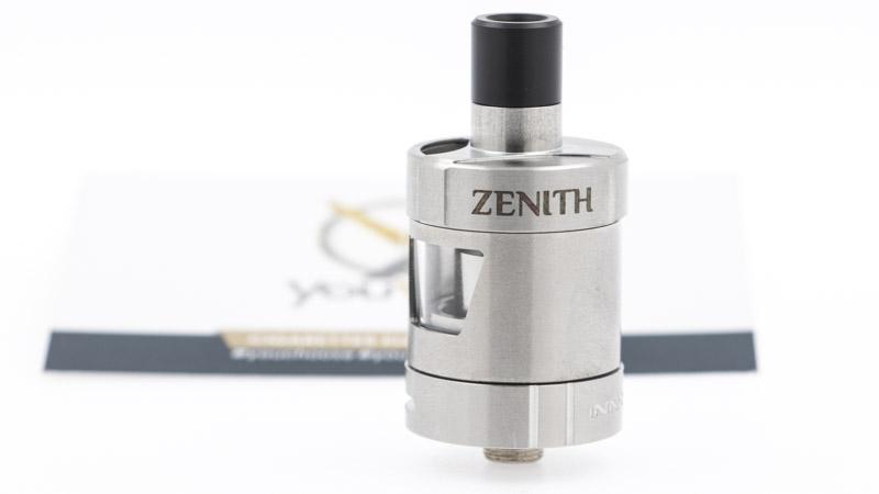 Petit et costaud, le Zenith 2ml est l'un des meilleurs choix pour aborder le vapotage sereinement. Sa simplicité et la qualité de sa vapeur vous permettent de vous concentrer sur l'essentiel : arrêter de fumer avec plaisir.