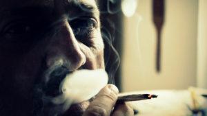 Une étude Britanique faites à Londres, montre que la cigarette électronique est 4 fois plus efficace que les autres substituts pour aider des fumeurs qui n'arrivent pas à s'arrêter avec les méthodes classiques.